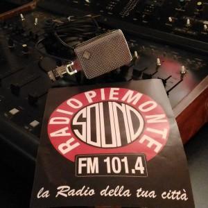 TARGATOCN.IT 20-12-16 - 40 RADIO PIEMONTE SOUND - THE BEAT CIRCUS LUISELLA MELLINO FM 101.4