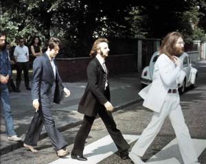 8 AGOSTO 1969: LO STORICO SCATTO AD ABBEY ROAD - THE BEAT CIRCUS CUNEO